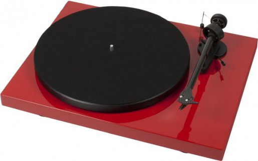 Pro-Ject-Debut-Carbon-Rouge-laque_P_600